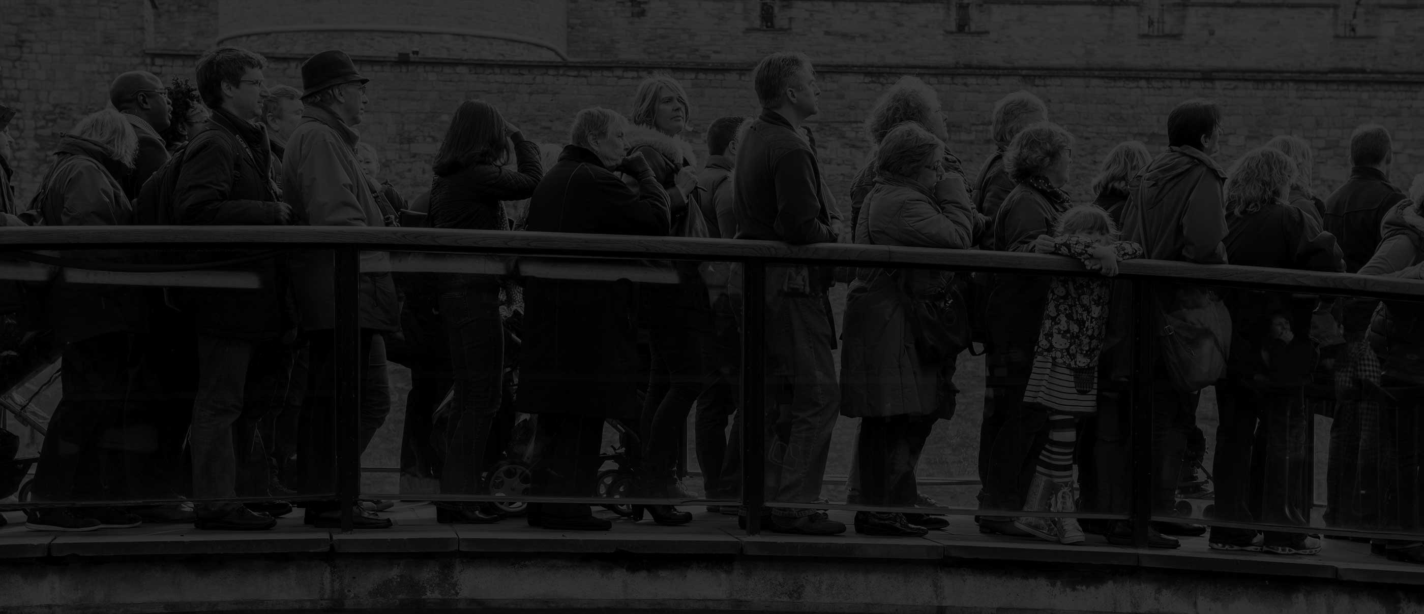 Kaleida: Tired of Queuing? 5 Apps Doing Away with the British Sensibility Banner